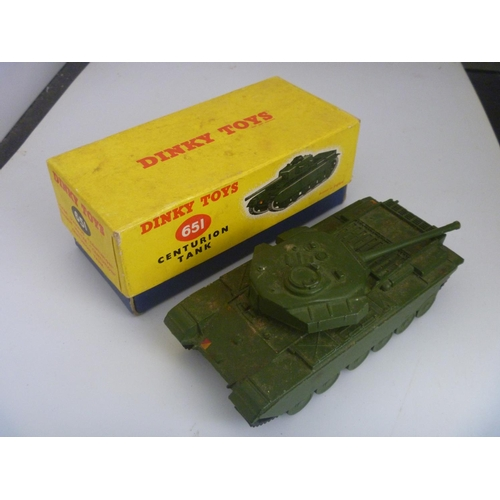58 - DINKY TOYS MILITARY ARMY (MODEL DUSTY BUT VG BOX F WITH SPLITS TO LID CORNERS)