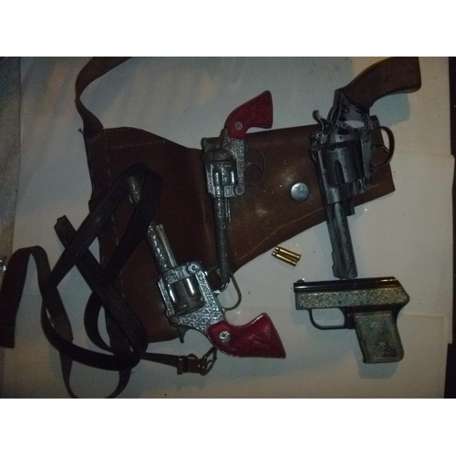 qty vintage lone star and crescent style cap guns - function untested