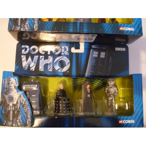 34 - 2 CORGI TOYS DR DOCTOR WHO SETS UNUSED AS NEW...