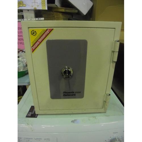 1 - Phoenix 2000 datacare safe with key...