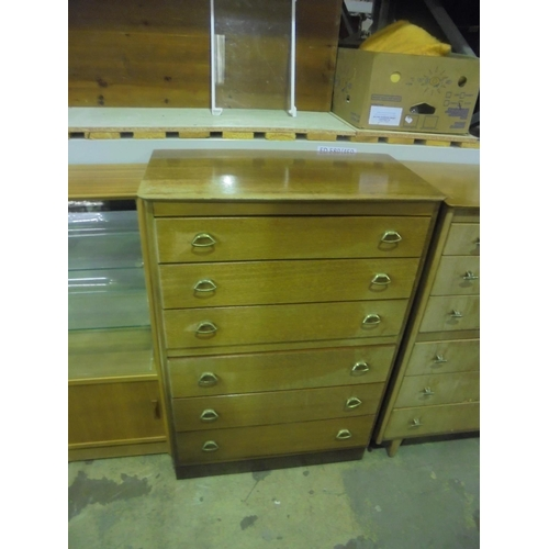 26 - Vintage chest of 6 drawers with metal handles...