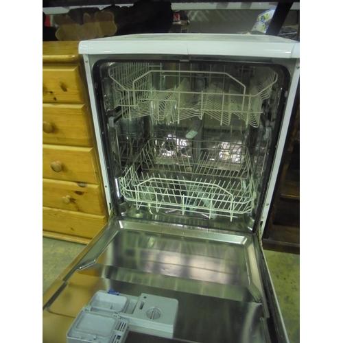 31 - Indesit AAA class dish washer...