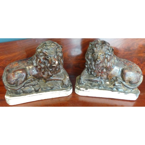 22 - Pair of Lions (as found)...
