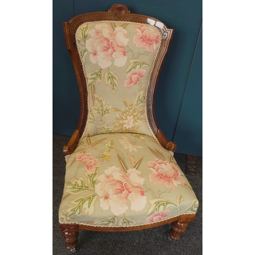 44 - Upholstered Ladies Chair...