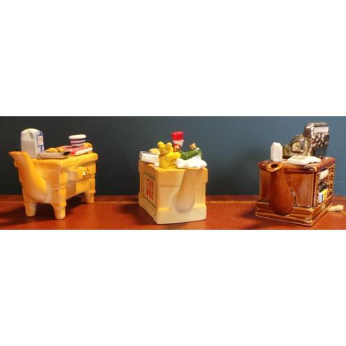 37 - Set of Three Miniature Novelty Teapots...