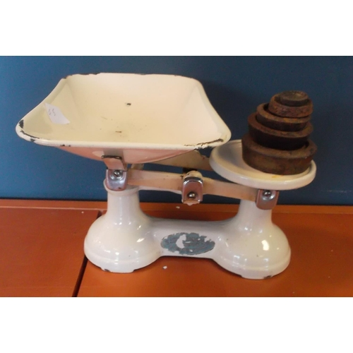 5 - Cream Enamel Scales and weights...