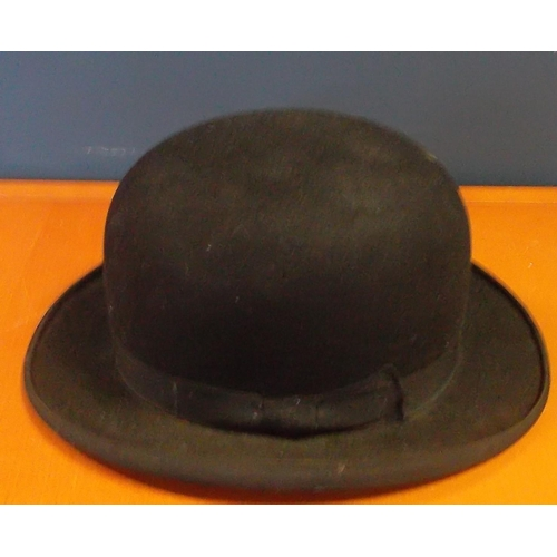 33 - Bowler Hat - Woodrow, Piccadilly, London  inside measurement: 19cm long x 15cm wide outside measurem...
