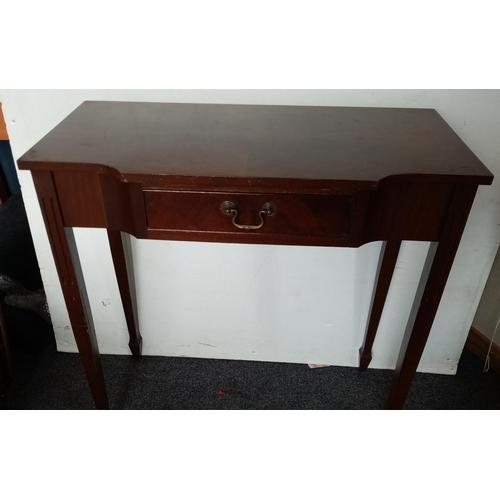 41 - Hall Table