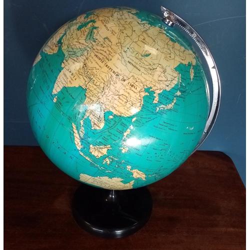 54 - Globe