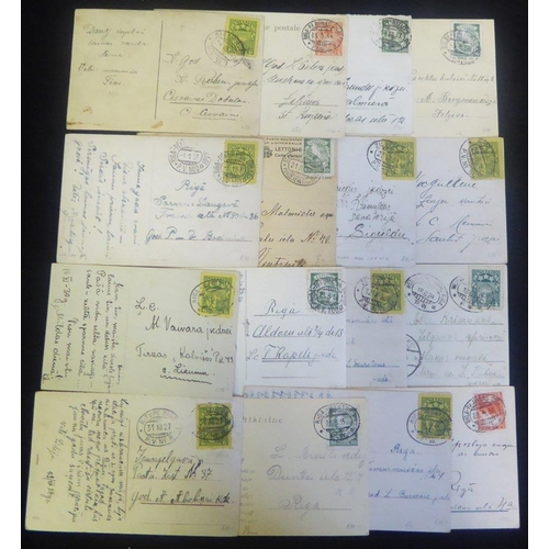 1087 - Railway cancellations on 1920's-30's postcards with a very good variety of TPO oval date stamps. Fin...