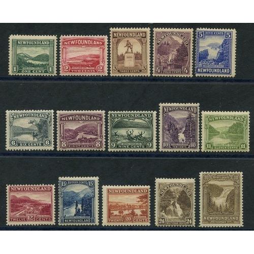 1220 - 1928-29 set M, SG.164/178. Cat. £140...