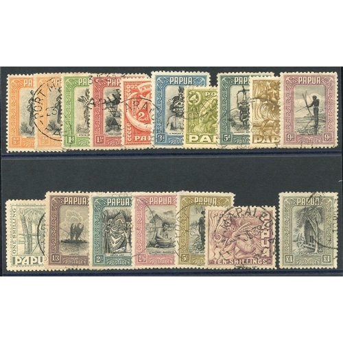 1291 - 1932-40 Pictorial Defin set, FU (odd blunt perf & £1 value tiny nick right corner), SG.130/145. Also...