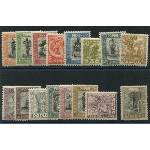 1293 - 1932-40 Pictorial Defin set, M (10s tone spots), SG.130/145. (16) Cat. £550...