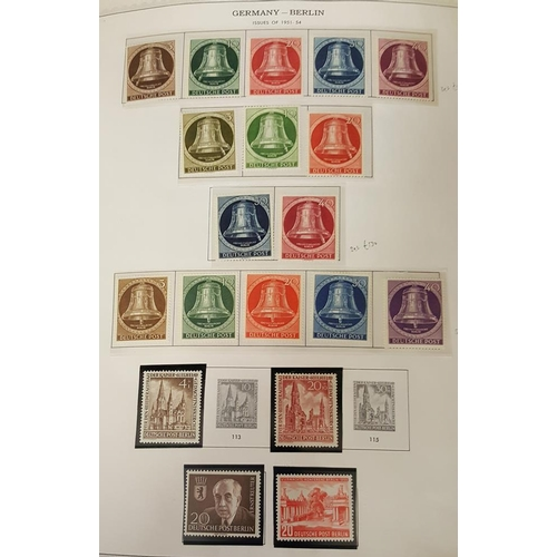 819 - 1948-90 substantial collection of M & U housed in a peg fit album; general run through incl. several...