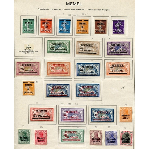 842 - 1920-22 collection of 109 different M stamps on printed leaves in mixed condition, SG.1/131, ST.Cat....