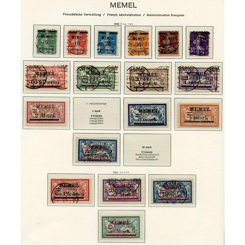 843 - Collection of M & U on Schaubek leaves with 1920-22 to 10m (excl. 3m), 1921 (May) to 20m, 1920 (Aug)...