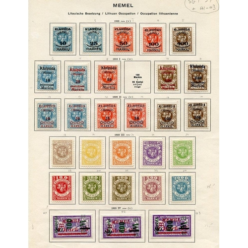 844 - Lithuanian Occupation 1923 - a complete range of M stamps on printed leaves apart from SG.9 & SG.59 ...