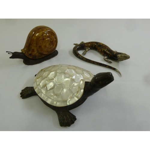 198 - A quantity of Maitland & Smith models of animals to include a lizard, a snail and a tortoise...
