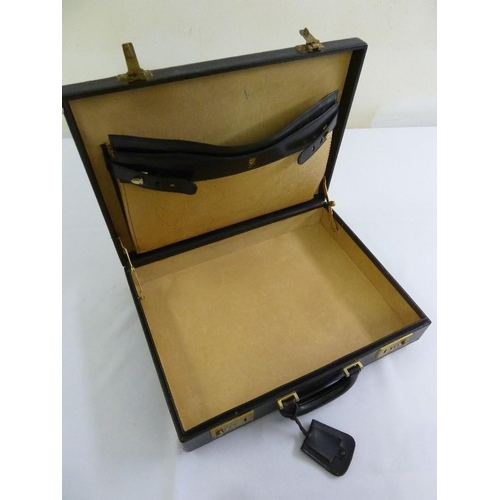 203 - A vintage Gucci rectangular leather attaché case, A/F...