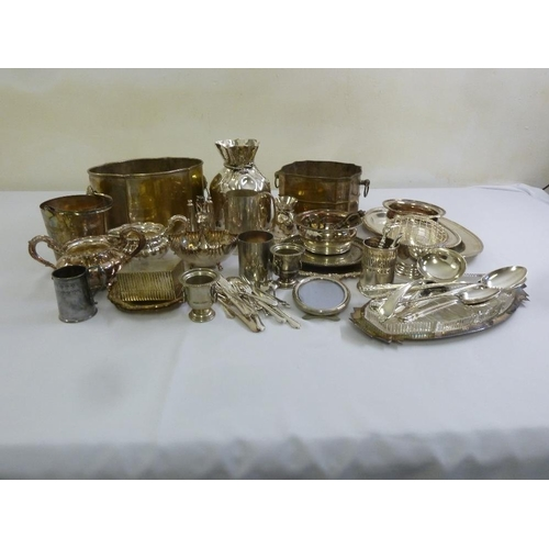 419 - A quantity of silver plate to include jardinières, trays, boxes and wine coasters...