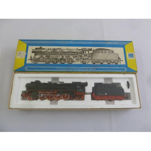 448 - Piko HO gauge BR141 locomotive and tender, as new in original packaging...