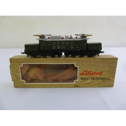 452 - Liliput HO gauge modellbahn Schwere electric locomotive 11900, in original packaging...