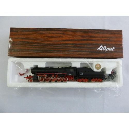 454 - Liliput HO gauge 5202 locomotive and tender, as new in original packaging...