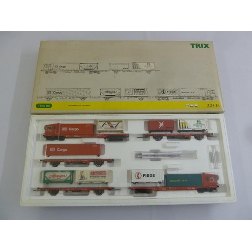 470 - Trix HO gauge 22543 Cargo Sprinter powered freight railcar train, as new in original packaging...