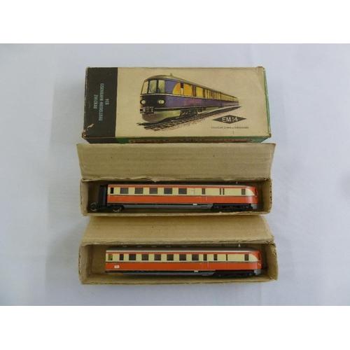 476 - VEB Eisenbahn Modellbau HO gauge Schnelltriebwagen EM 14, in original packaging...