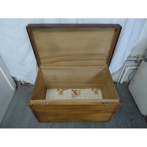 20 - Army and Navy rectangular wooden trunk with brass handles and metal border, lined with sandalwood...