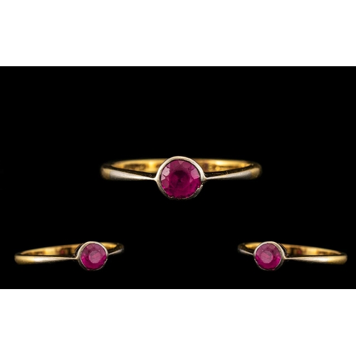 82 - 18ct Gold and Platinum Single Stone Ruby Set Ring. Marked 18ct to Interior of Shank. Est Ruby Weight...