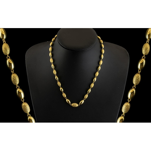 31A - Ladies 9ct Gold Attractive Baubles Necklace with Screw Clasp. The Polished and Matt Gold Design, Alt...