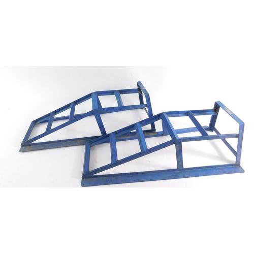 3032 - A pair of blue car ramps, 80cm long....
