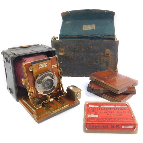 17 - A Sanderson Patent quarter plate hand camera, with a Korilos shutter and Ensign Anstigmat 4.75
