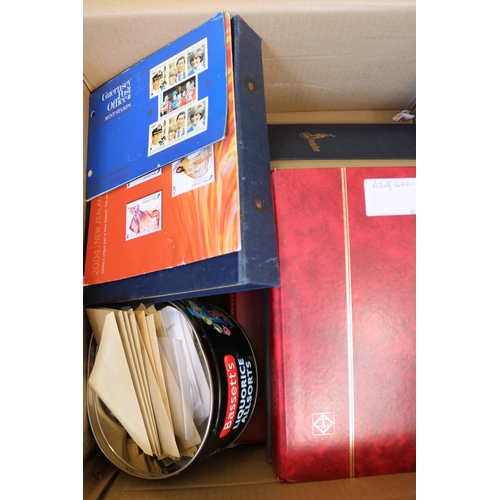 16 - Carton of world albums and stockbooks, mint and use together with some loose stamps...
