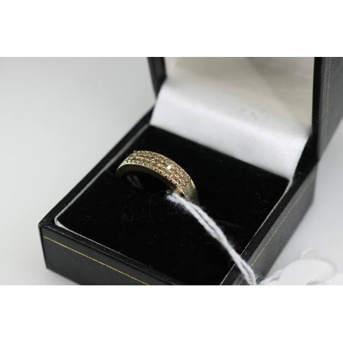 20 - A QVC 9K gold decorative dress ring approx size P...