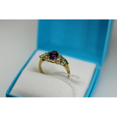 22 - A QVC 9k gold decorative dress ring approx size O...