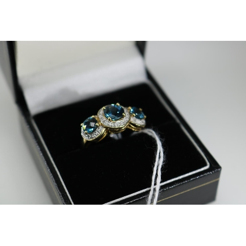 28 - A QVC 9k gold decorative dress ring approx size O/P...