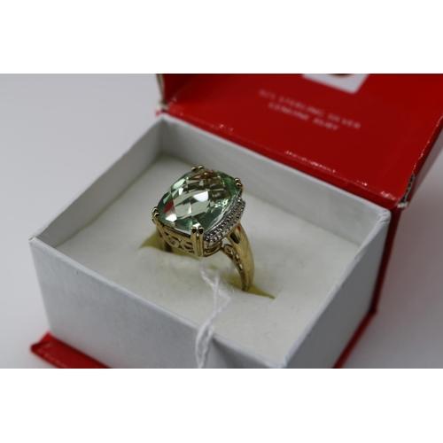 4 - A QVC 9k gold decorative dress ring approx size P/Q...