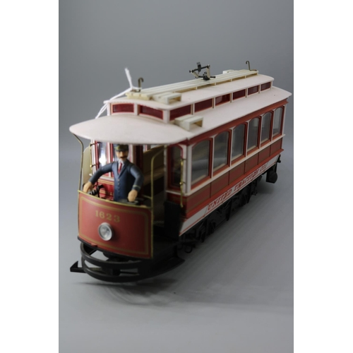 5 - A Bachmann United Traction Co Tram...