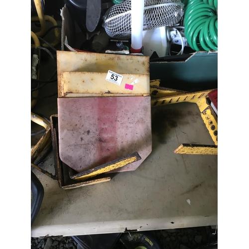 44 - Barracuda wheel clamp...
