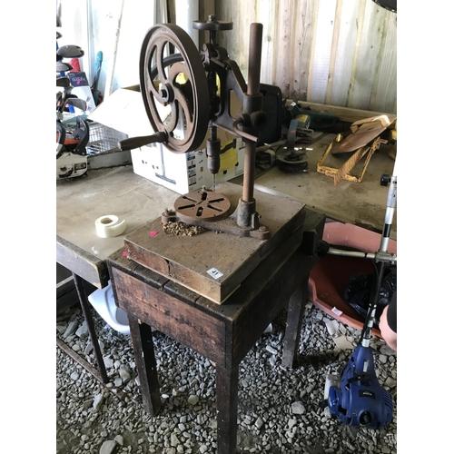 41 - Vintage pillar drill & table...