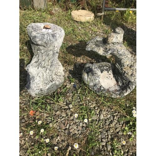 11 - Garden stone bird bath...