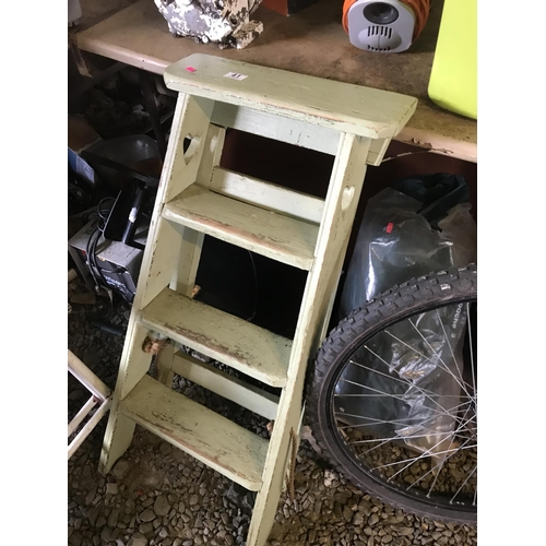 41 - Vintage small wooden step ladder with heart detail...