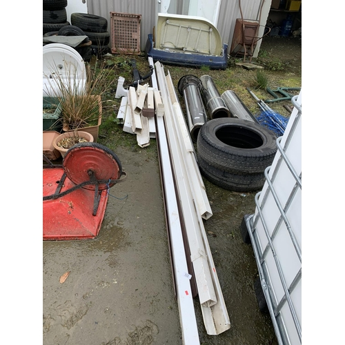 126 - Large quantity of guttering down pipe, 4