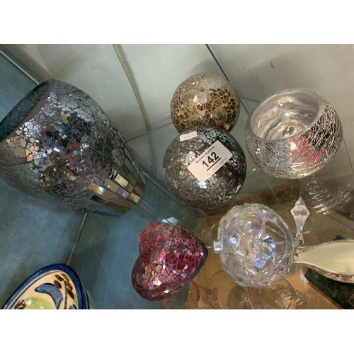142 - Five glitter balls plus vase...