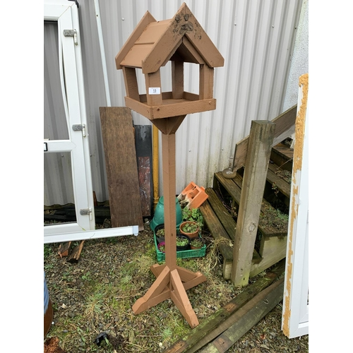 15 - Bird table...
