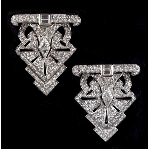 168 - A good pair of Art Deco style platinum diamond clips, with triangular cut, baguette & round brillian...