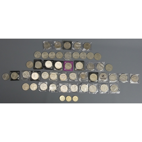 54 - Various commemorative £5 coins (13 in total), 3 two pound coins, Churchill, Elizabeth II and Queen M...