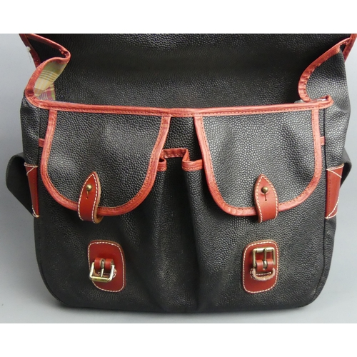 247 - Mulberry Scotchgrain and leather shoulder bag. 37 x29 cm. UK Postage £15.
